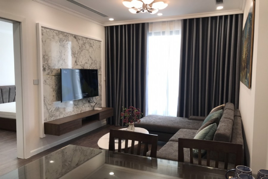 High floor and modern 2 bedroom apartment for rent in R1 tower Sunshine Riverside 1
